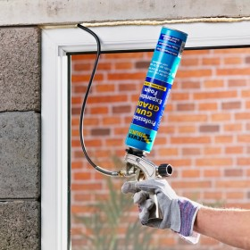 Everbuild P75 Bendy Metal Foam Gun with 2 Nozzles