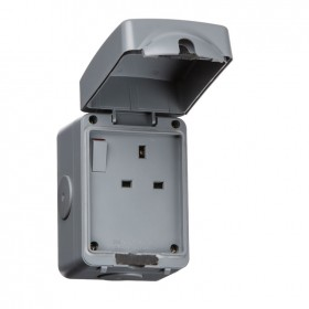 Knightsbridge IP66 13A 1G DP Outdoor Switched Socket