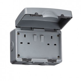 Knightsbridge IP66 13A 2G DP Outdoor Switched Socket